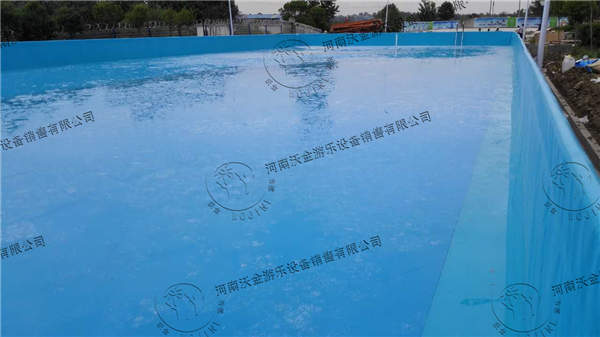 支架游泳池的未来一片光明